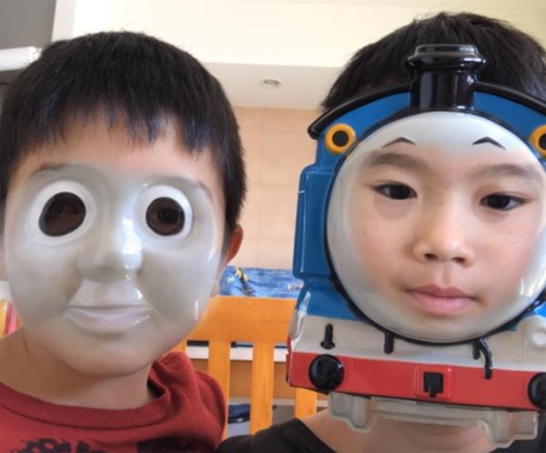 トーマスと顔チェンジ