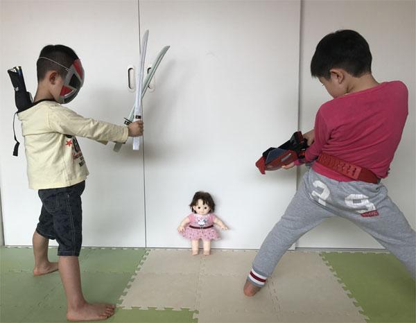 戦いごっこ