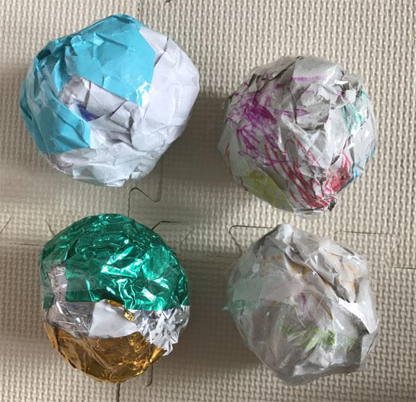 紙のボール