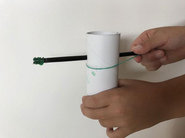 トイレットペーパー弓矢