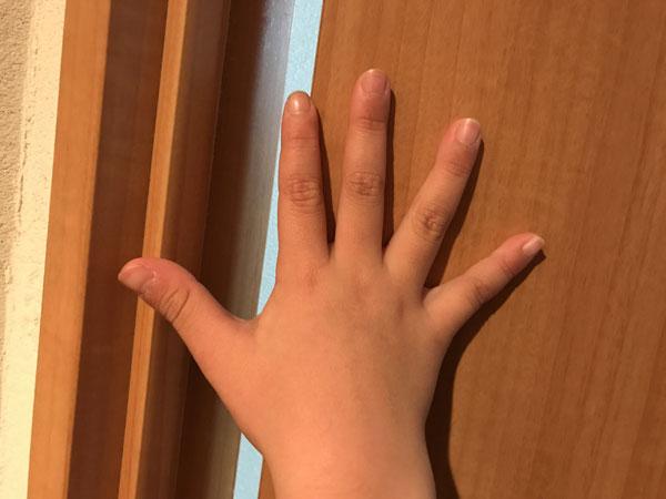 指はさみ防止グッズ
